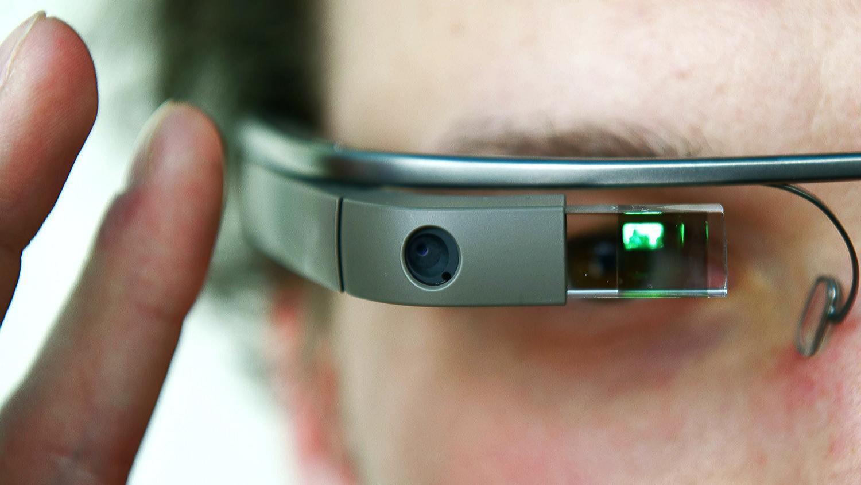 I Google Glass li produrrà l'italiana Luxottica