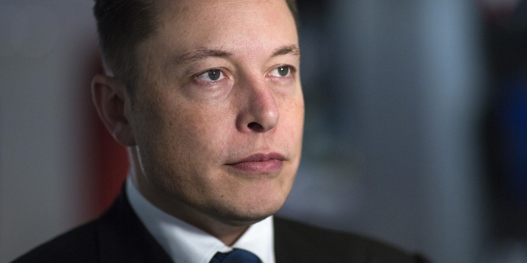 Elon Musk, billionaire, co-founder and chief executive officer of Tesla Motors Inc., intelligenza artificiale sarà una minaccia