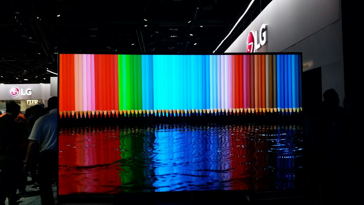 : LG Flexible 4K OLED TV