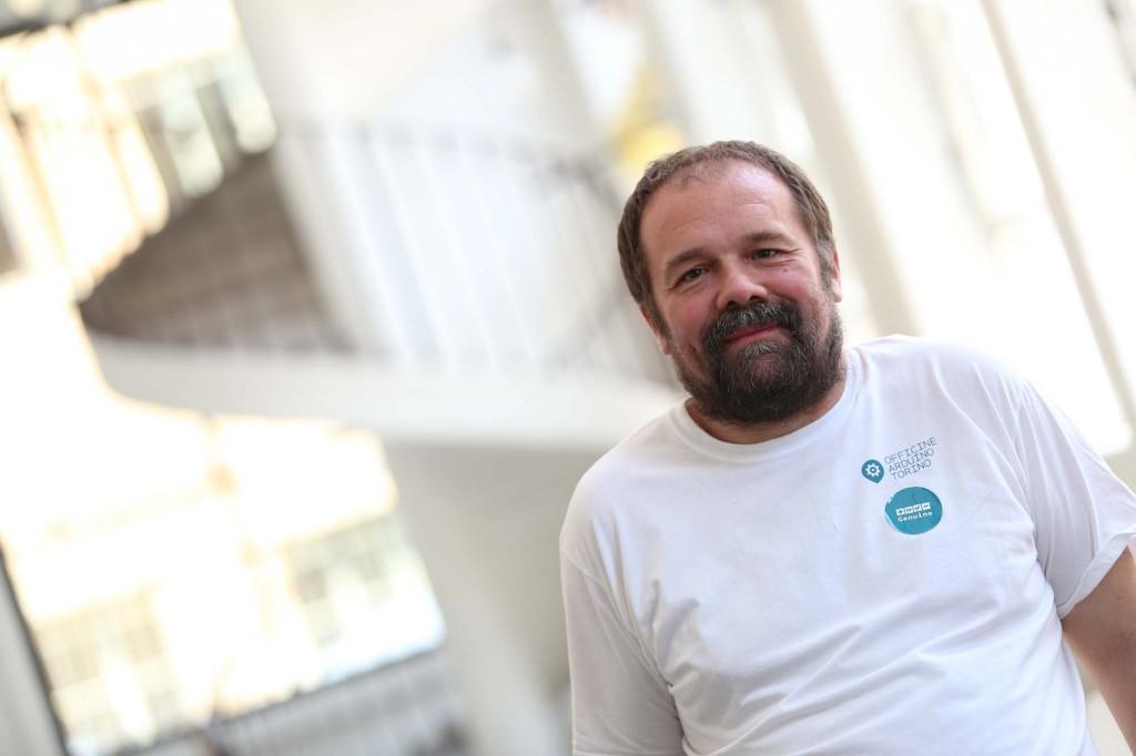 Massimo Banzi #DigiScovering #PowerdByPixartPrinting Arduino e Miur