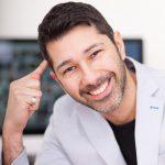 """Andrea Saletti autore del libro """"Neuromarketig e Scienze Cognitive, per vendere di più sul web bisogna stimolare due ormoni"""