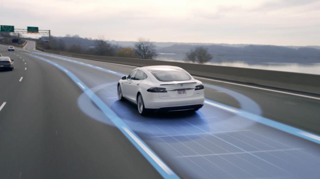 Tesla_AutoPilot_8