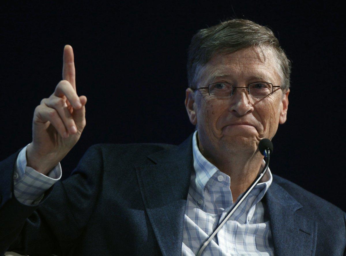 "Bill Gates: ""tassare i robot se lavorano al posto degli umani"""