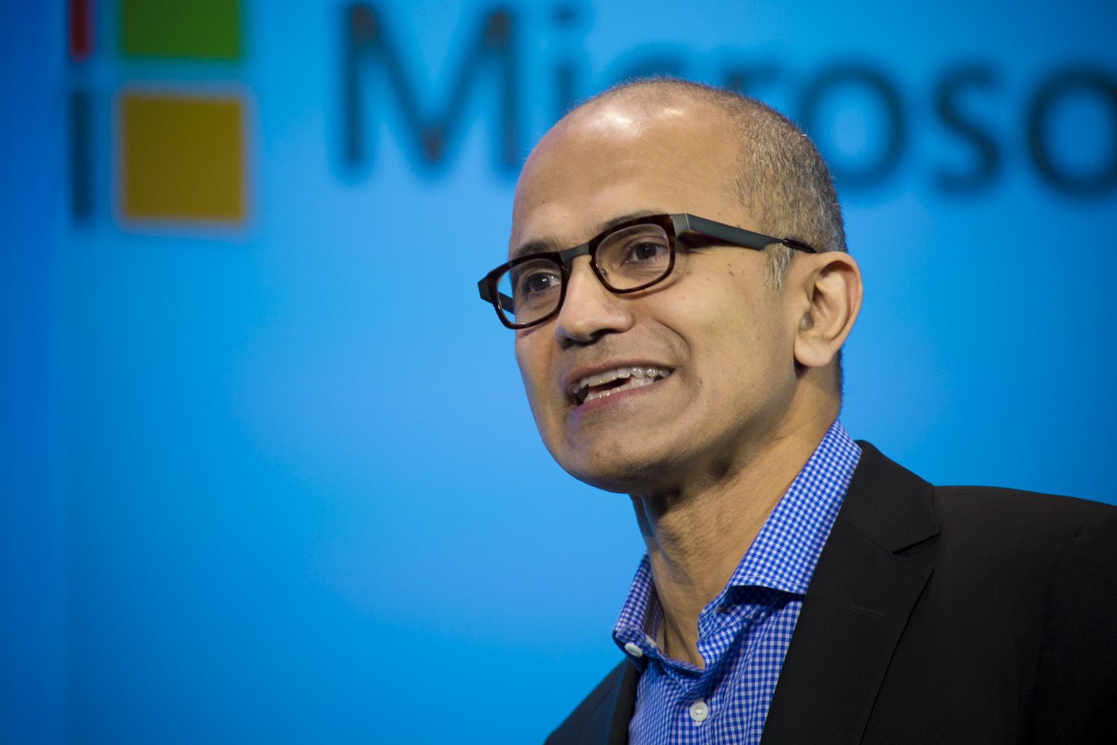 Microsoft Ignite Computer Quantistico Satya Nadella