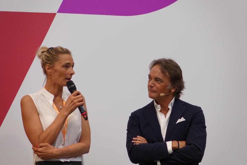 VEMFWD 2018 La pallavolista Maurizia Cacciatori con Stefano Bossi, CEO di VEM Sistemi