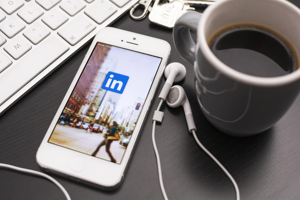 annunci di lavoro LinkedIn