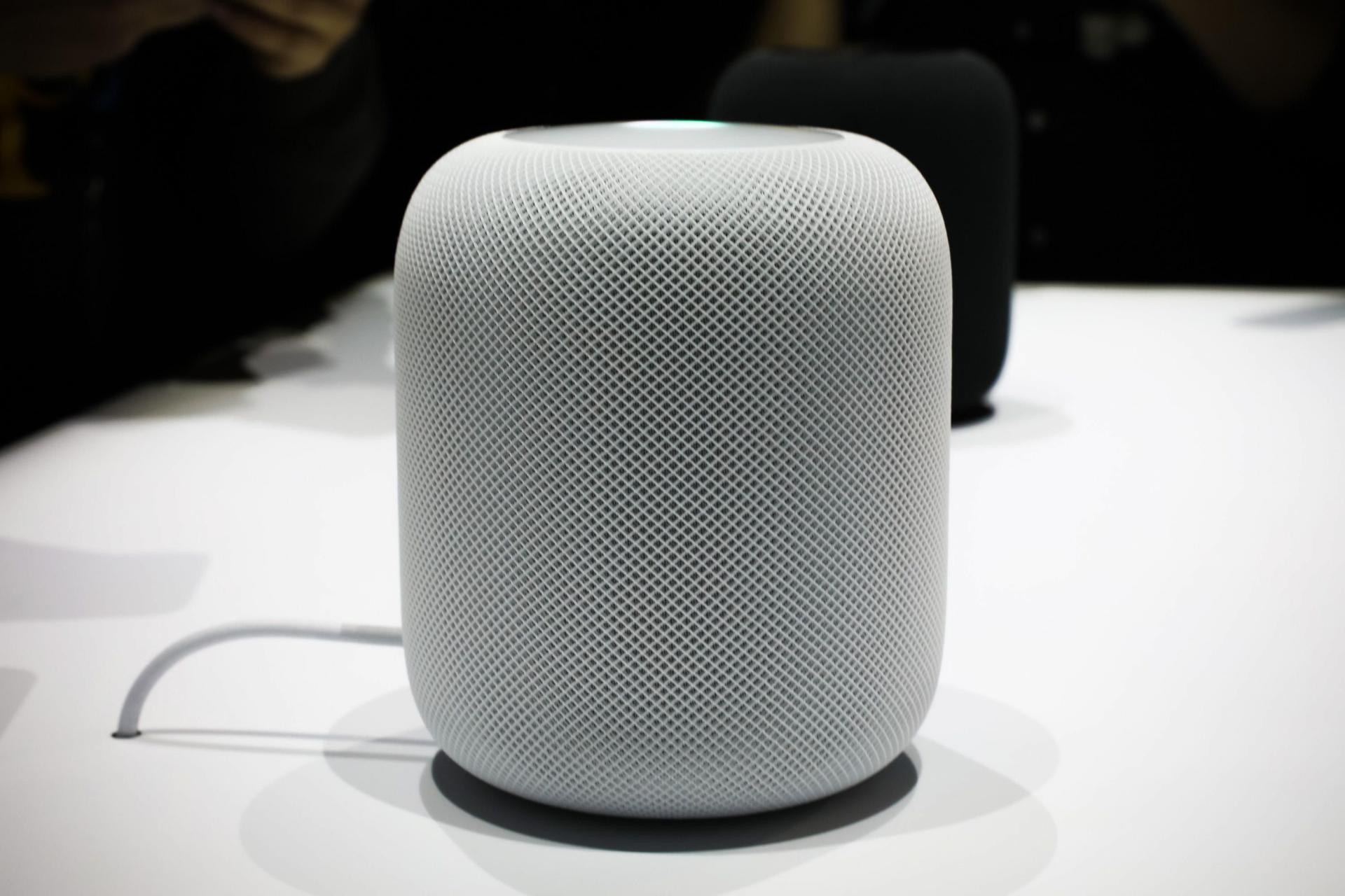 Apple HomePod: recensioni, come funziona, uscita e prezzo