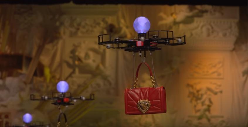 droni in passerella Dolce&Gabbana
