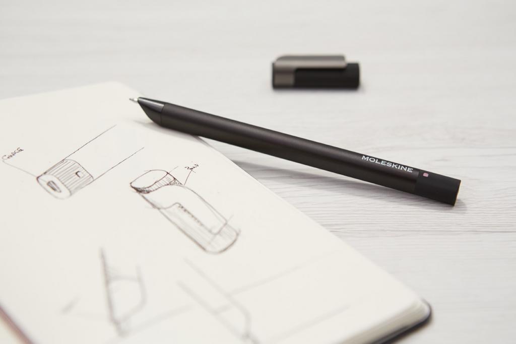 La smart Pen+ Ellipse Moleskine in azione