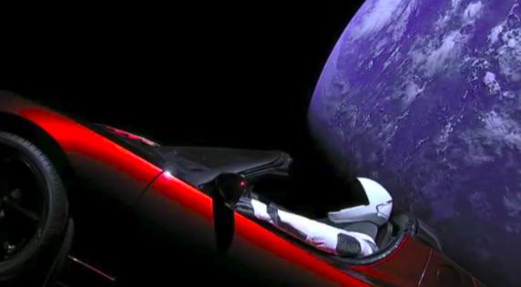 Come seguire la Tesla Roadster di Elon Musk nello spazio
