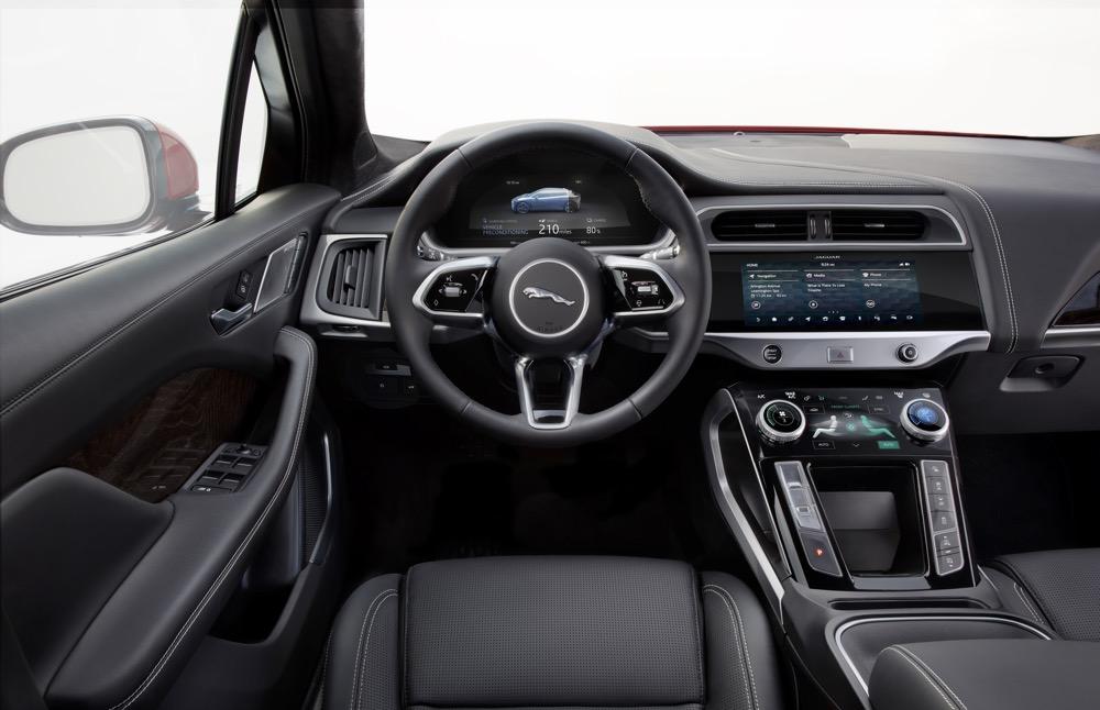 Jaguar I-PACE interni