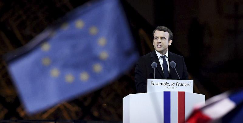 Emmanuel Macron La Francia lavora a una alternativa a WhatsApp