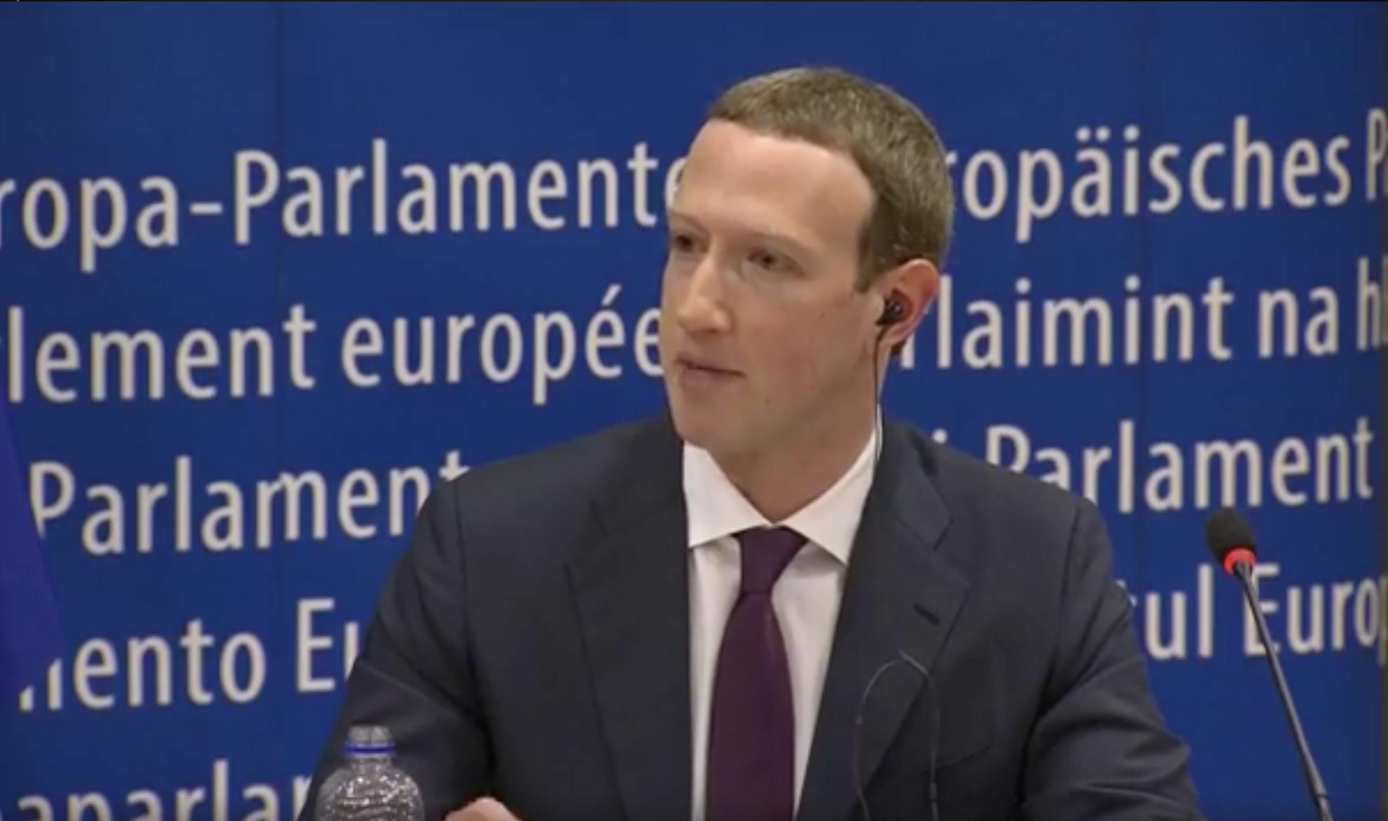 Zuckerberg al Parlamento Europeo, cosa ha detto (poco)
