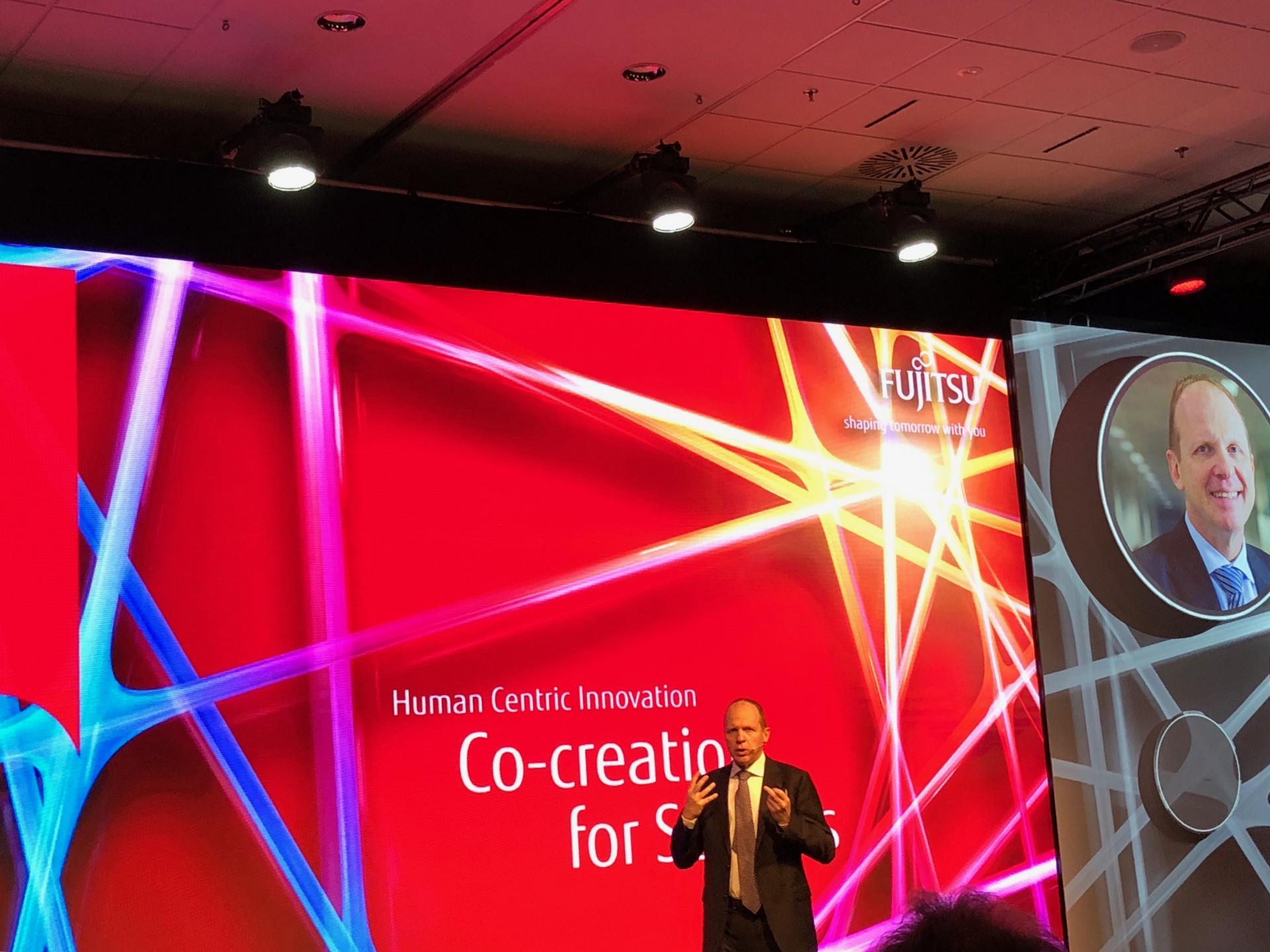 """""""Co-creare"""" il futuro digitale al Fujitsu World Tour"""