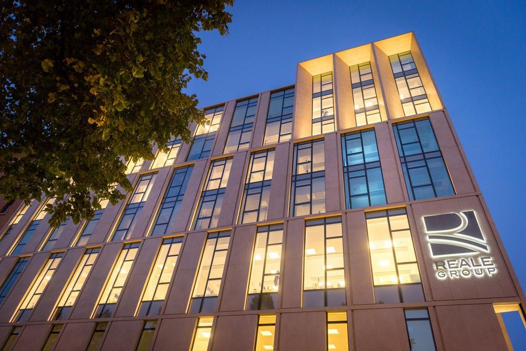 Reale Mutua, Facciata corso Siccardi - New Building Bertola assicurazioni