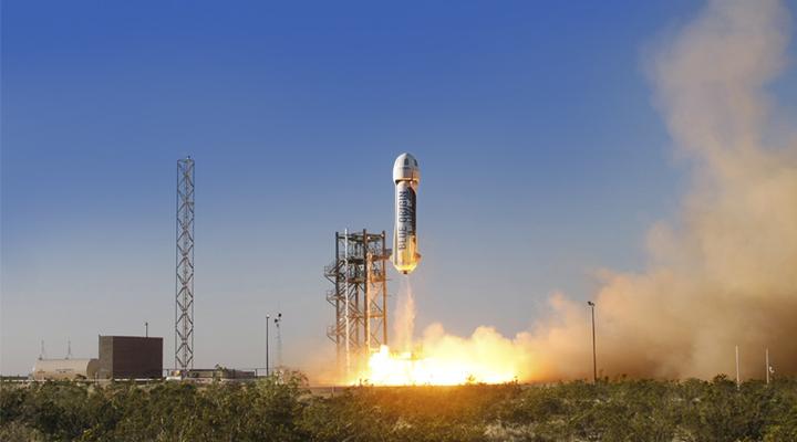Blue Origin di Jeff Bezos inizierà a vendere i biglietti per lo spazio nel 2019
