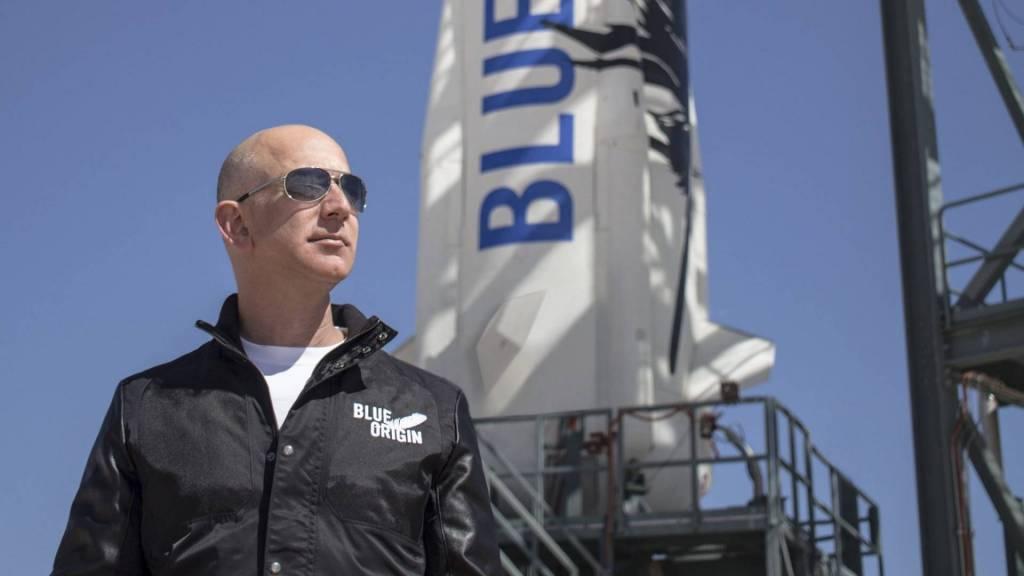 Jeff_Bezos biglietto per lo spazio
