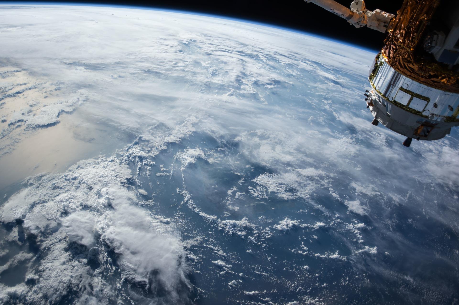 Facebook costruisce una rete di satelliti per connettere il mondo: Athena
