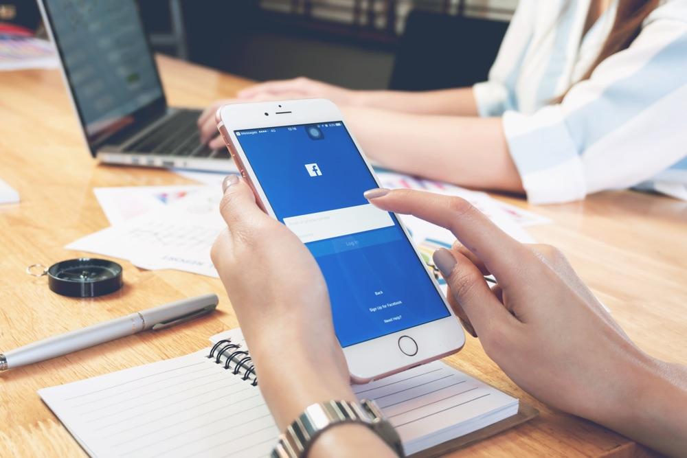 facebook numero di telefono