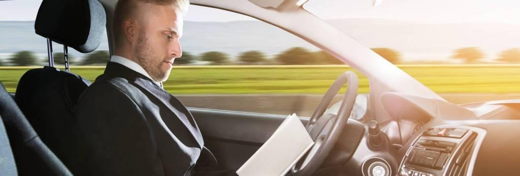 Guida autonoma: cos'è, come funziona e i diversi livelli
