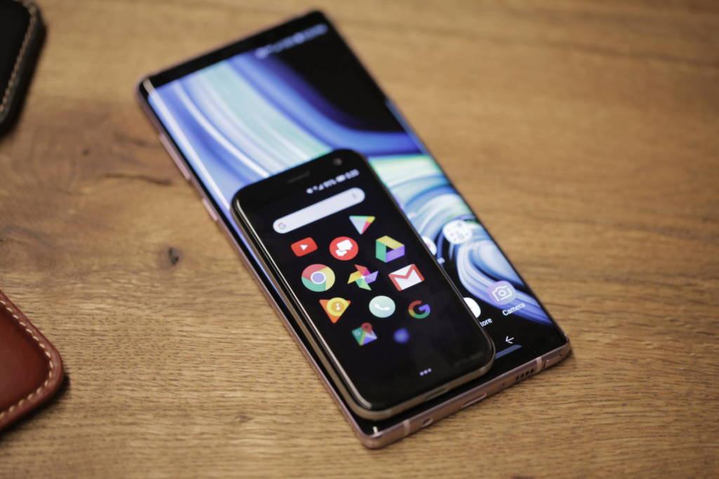 palm smartphone ultra portatile