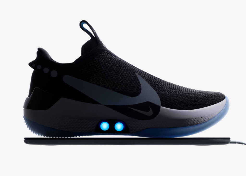 Le scarpe autoallaccianti Nike Adapt BB
