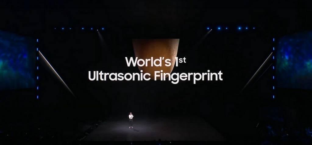 Lettore di impronte ultrasonico