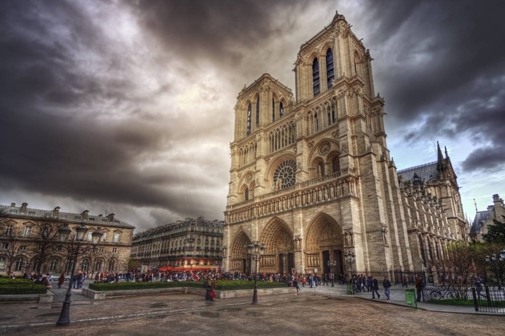 Cause incendio Notre Dame