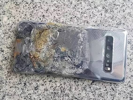 Galaxy S10 esploso