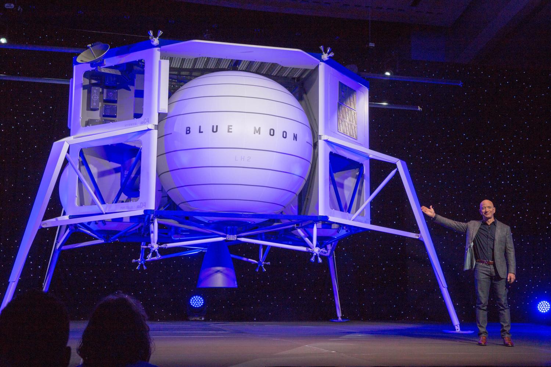 Blue Moon: Jeff Bezos svela il veicolo lunare Blue Origin