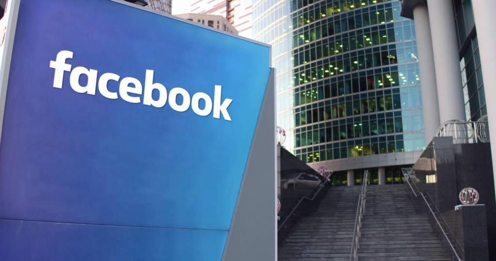 Elezioni Europee fake news Facebook