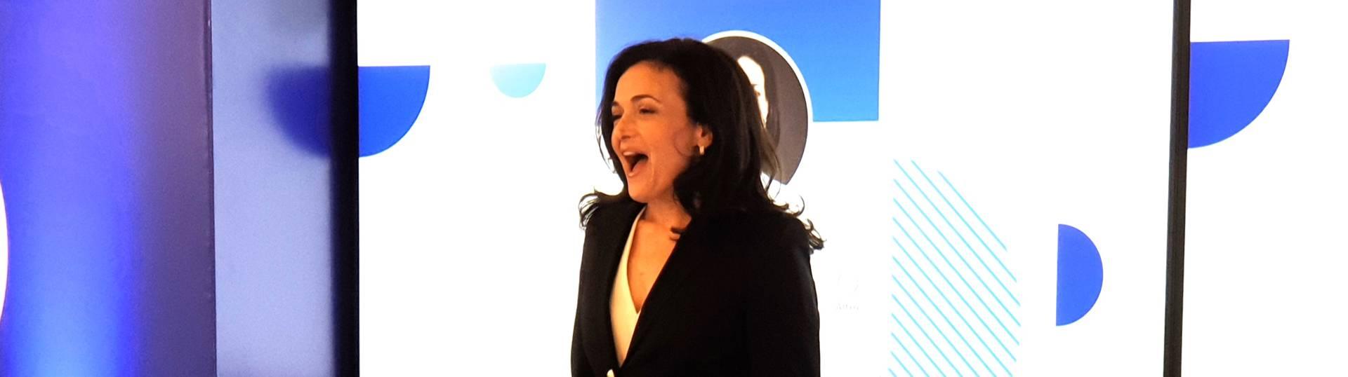 Sheryl Sandberg: Facebook investe in Italia e combatte le fake news