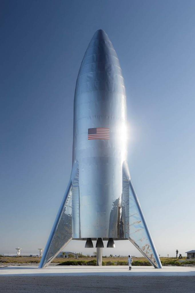 Elon Musk sulla Luna SpaceX Starship