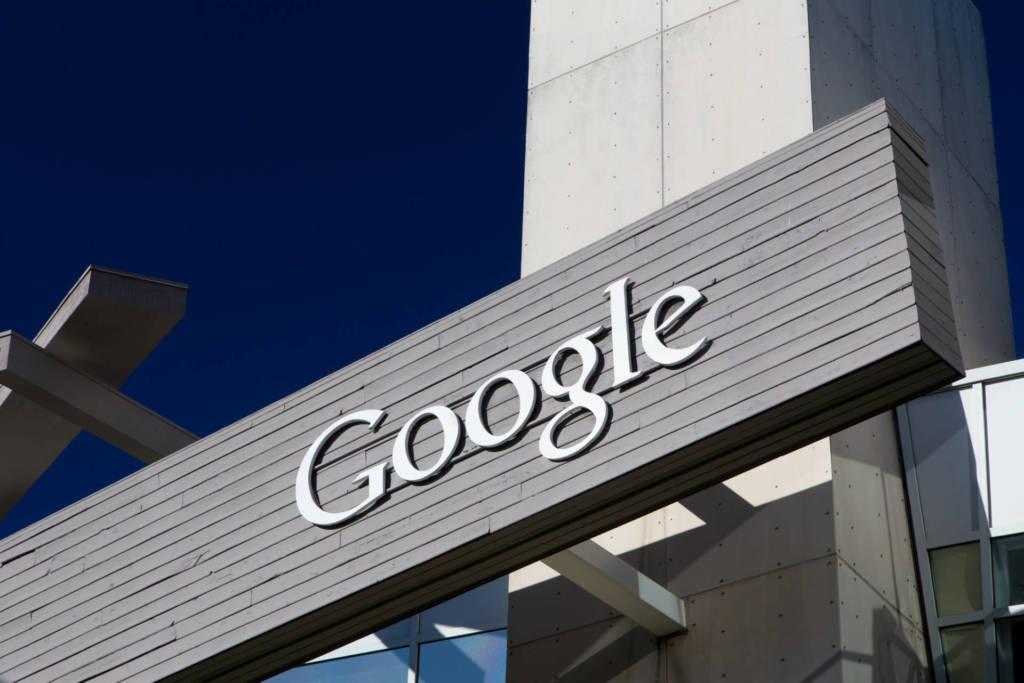 google-sposta-produzione-pixel