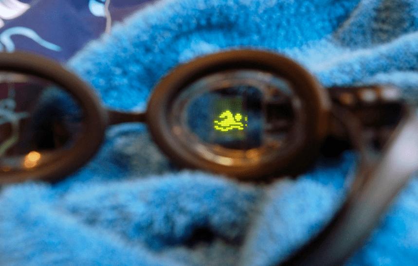 occhialini da nuoto smart