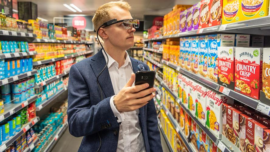 smartphone fa spendere di più