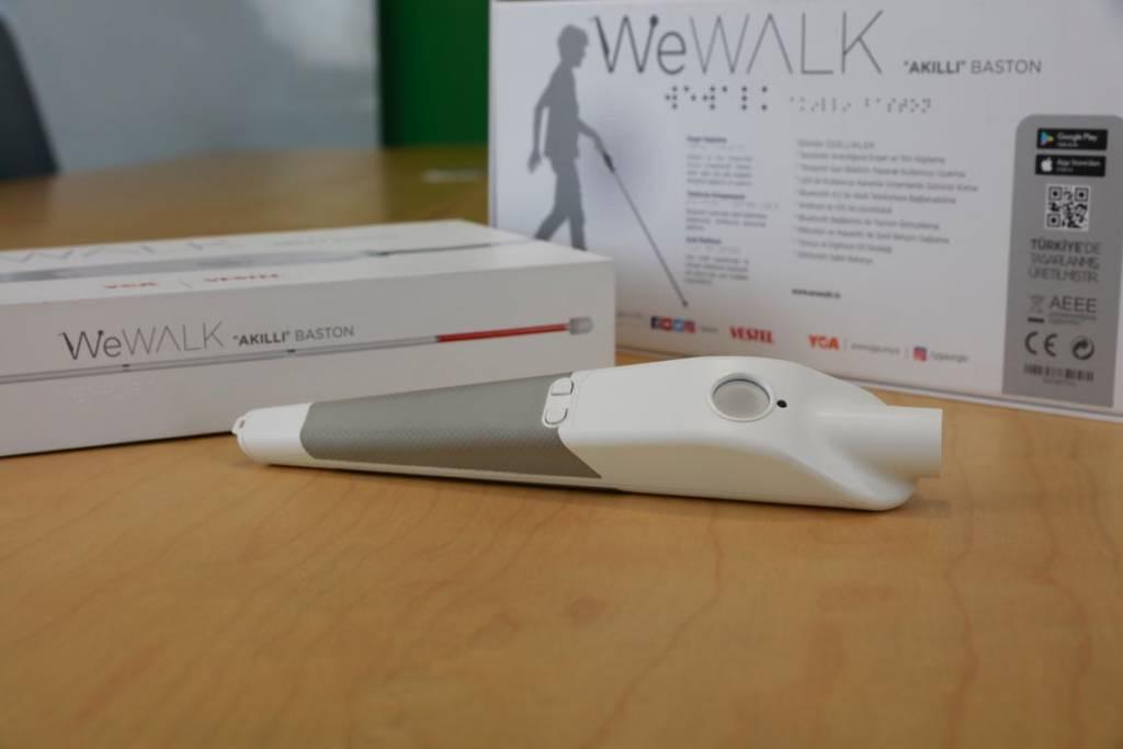 WeWalk bastone smart per non vedenti