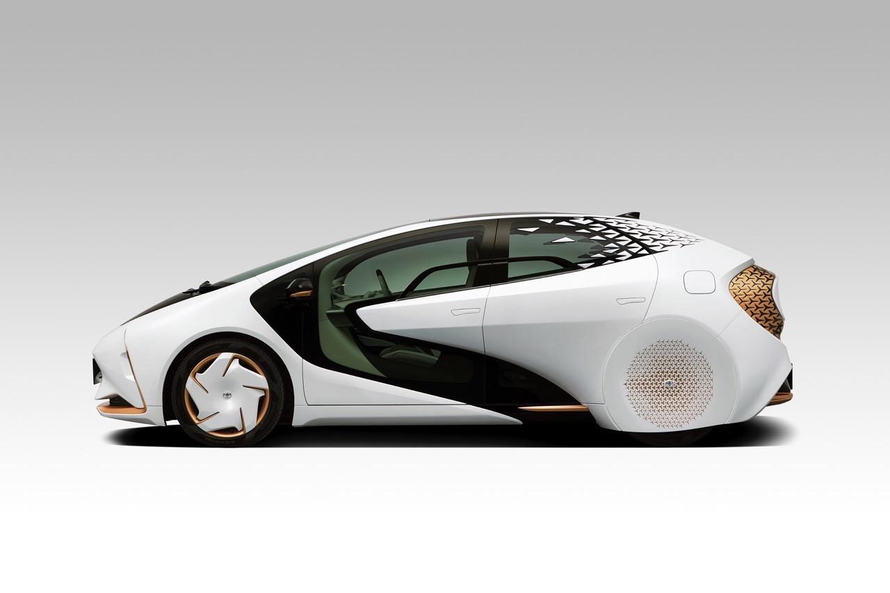 Sistemi di guida autonoma, Toyota LQ è l'auto con intelligenza artificiale