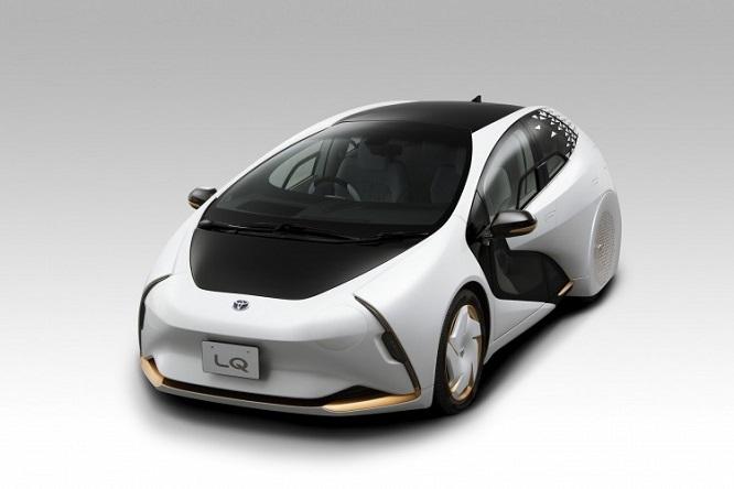 Toyota LQ anteriore