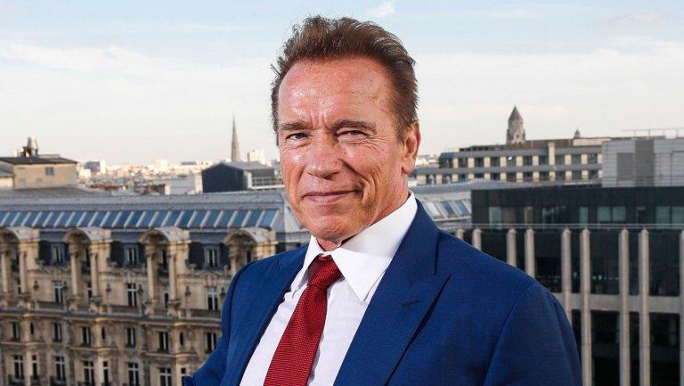 Cover iPhone di Schwarzenegger, geniale e iconica!