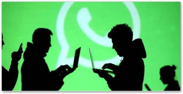 Chat di gruppo su WhatsApp