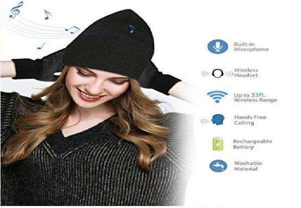 cappello con cuffie e guanti