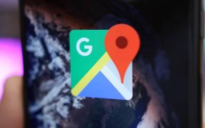 Nuova funzione su Google Maps, strade illuminate evidenziate