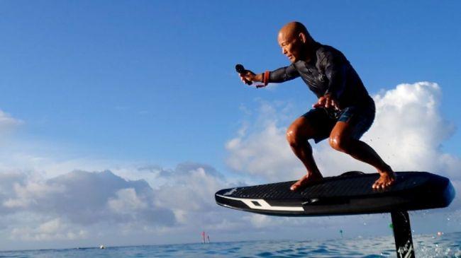 tavola da surf volante