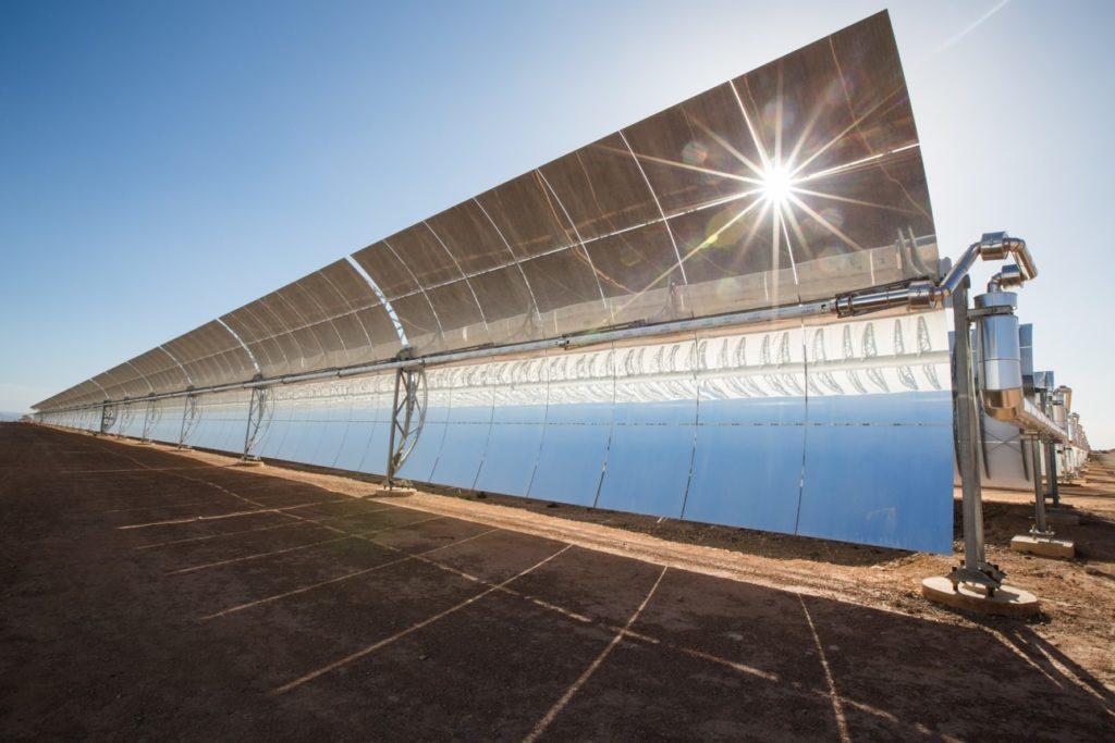 Energia solare concentrata: pannelli e intelligenza artificiale per il pianeta