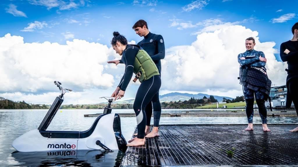 Manta5: la bici elettrica che va sull'acqua