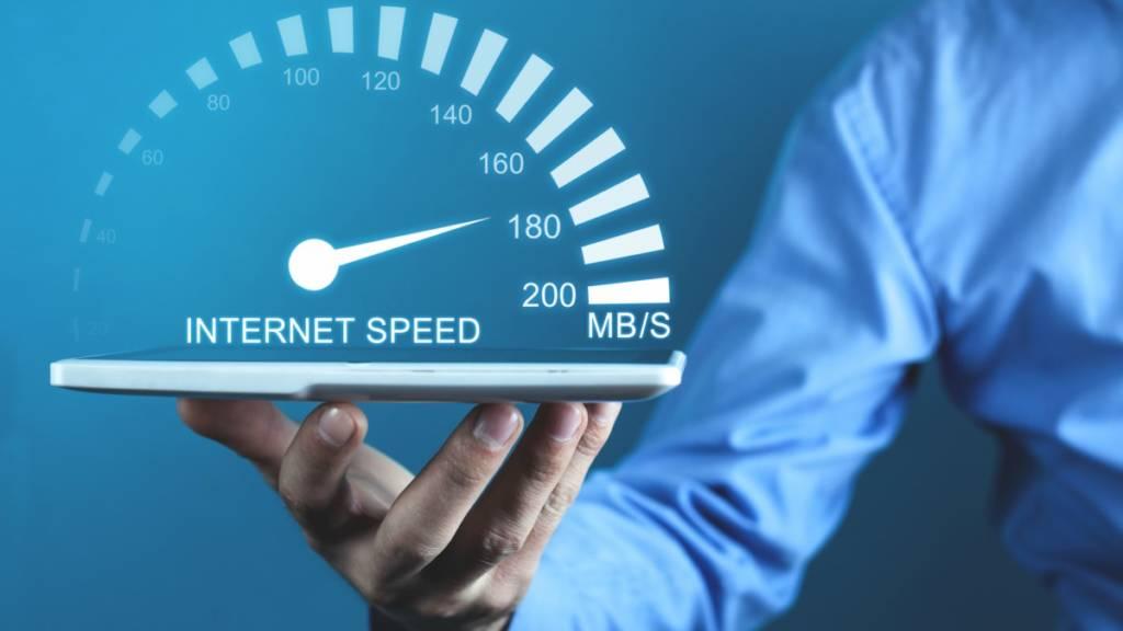 Internet in Italia veloce Agcom