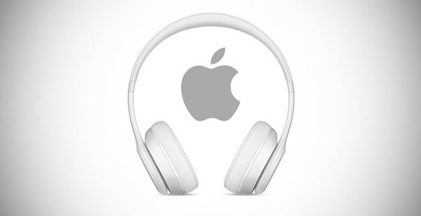 AirPods Studio Apple
