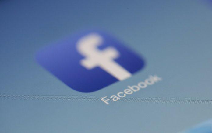 Facebook contro la crisi