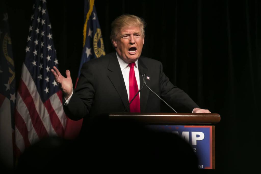 Donald Trump contro i social